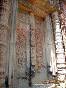 temple-prasat-baksei-chamkrong-angkor-cambodia-0