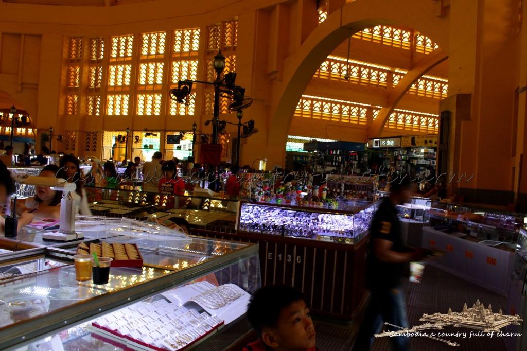 bijoux-du-marché-central-de-phnom-penh-cambodge